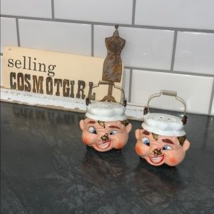 Kitschy Salt and pepper shakers